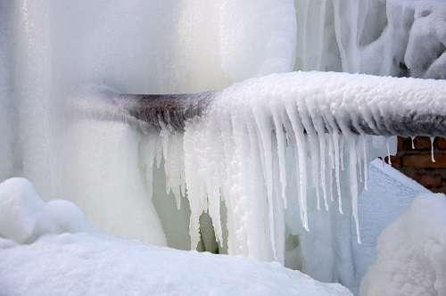 если замерз водопровод что делать