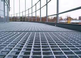 Особенности применения металлического решетчатого настила