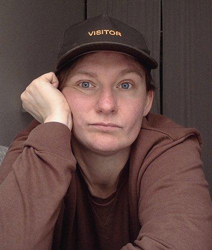 Шеф-редактора сайта Vogue Марию Попову уволили