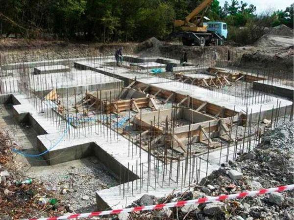 Стоимость строительства фундамента