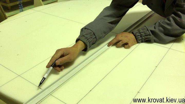 Большой пуф с имитацией каретной стяжки своими руками