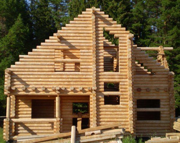 Как выбрать вид бруса для строительства дома?