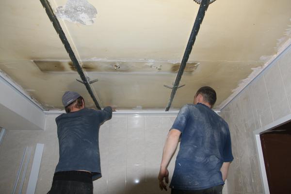 Инструкция по монтажу реечного потолка своими руками