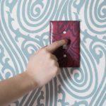 Как декорировать выключатель своими руками