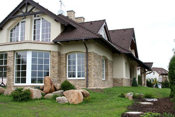 Декор фасада здания