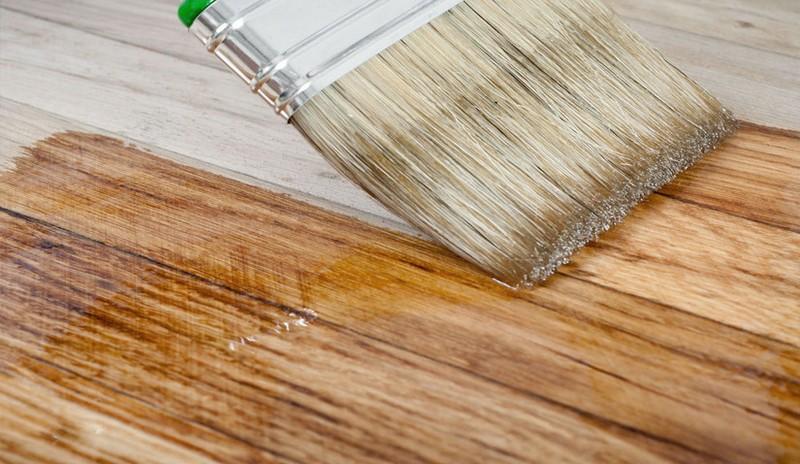 Преимущества использования масла-воска для деревянных поверхностей