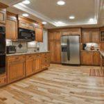 Ламинатный пол для кухни