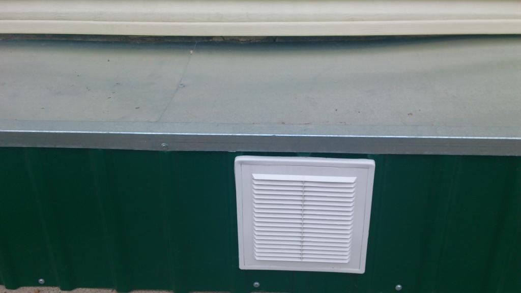 Отделка фундамента дома профлистом своими руками: инструменты и материалы, облицовка металлическим профилированным листом, обшивка - фото, советы, рекомендации, инструкции