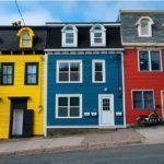 Вкакой цвет покрасить дом снаружи?