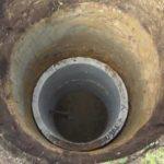 Бетонные кольца для канализации в старом доме