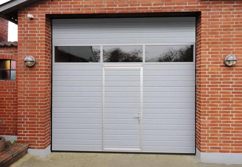 Какими должны быть надежные гаражные ворота?